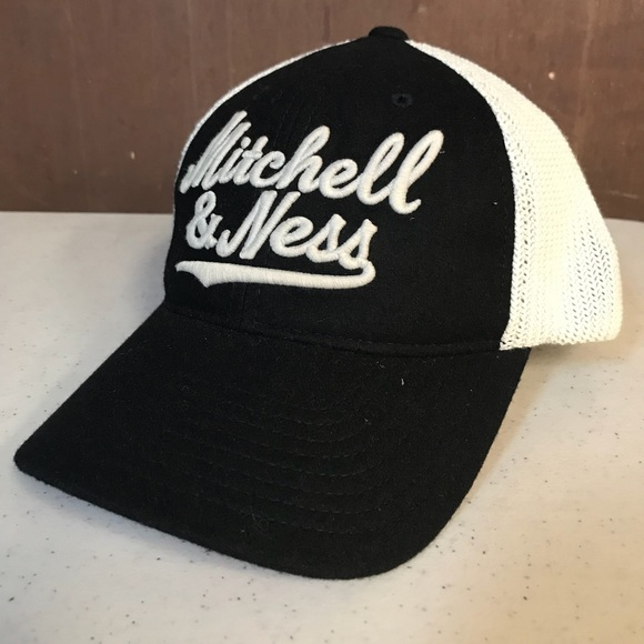 info for 5ae1e 567d7 ... coupon code for mitchell ness pre curved snapback mesh hat 1a88c 230ca